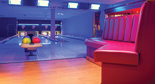 Butlins Events Hotshots Sports Bar